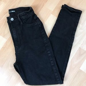 Fashion Nova High Waisted Skinny Jean